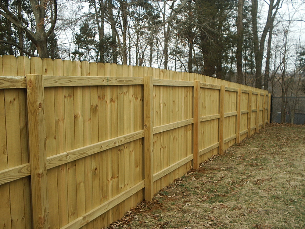 Privacy Dog Ear Buetts Fence